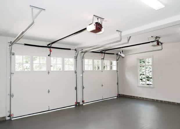 garage-opener-in-white-garage